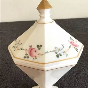 WESTMORELAND Milk Glass Painted Floral Design Gold